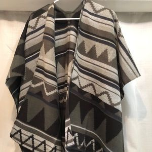 Sweaters - Target Limited Edition pancho OS